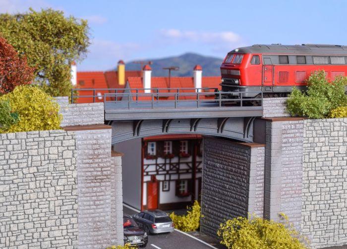 Hoofdcategorie Bruggen & Viaducten
