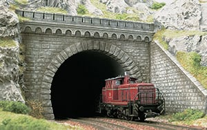 Busch Tunnelportalen